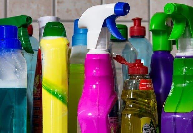 Control de calidad de desinfectantes e insecticidas